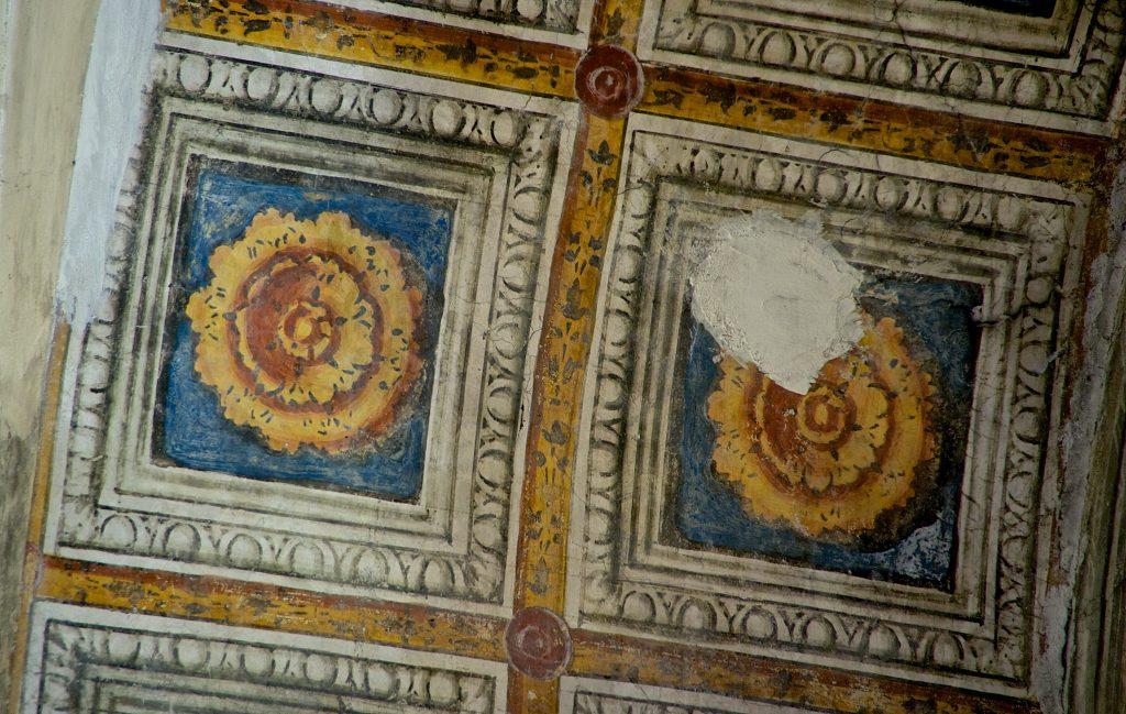 Santa Maria del Gradaro (Mantova): navatella laterale, lacunari