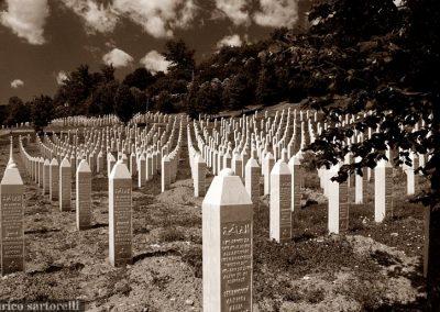 BOSNIA tombe del Memoriale di Srebrenica